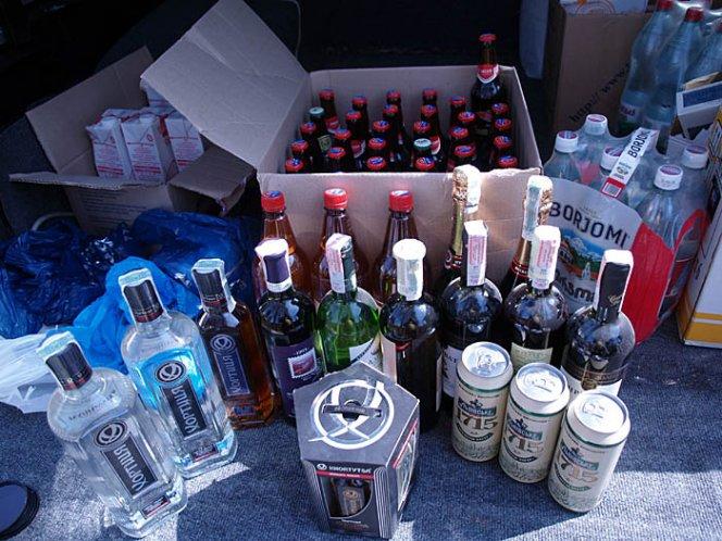 Как провести в черногорию больше двух литров алкоголя